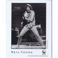 NEIL YOUNG 1987 presskit photo plus 5-pages biography (Geffen Records)